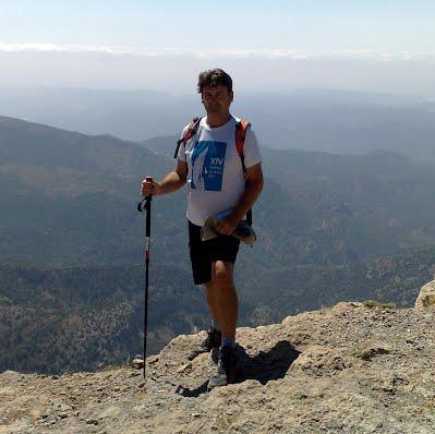Ignacio Baixauli en la cima del Penyagolosa
